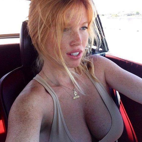 femme-rousse-sexy-photo-hot-14